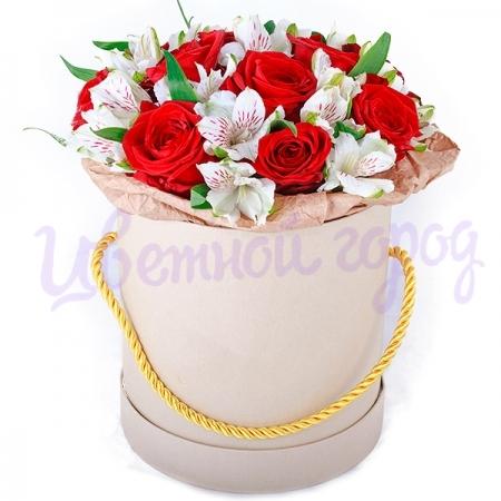 """Композиция """"Розы с альстромерией"""""""